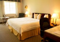 Travelodge by Wyndham Ogallala - Ogallala - Schlafzimmer
