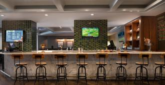 Courtyard by Marriott Seattle Downtown/Lake Union - Σιάτλ - Bar