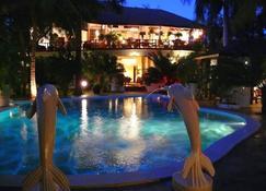 African House Resort - Malindi - Zwembad