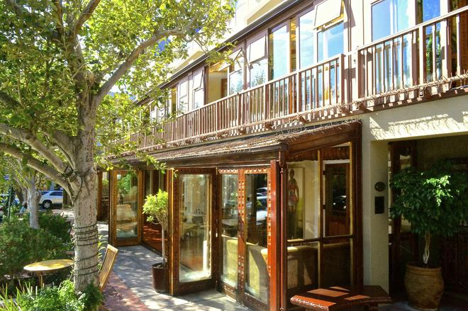 iKhaya Lodge & Conference Centre - Cape Town - Building