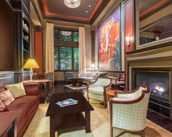 The George Washington- A Wyndham Grand Hotel - Winchester - Lounge