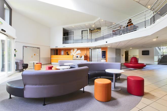 Première Classe Roissy Charles De Gaulle Paris Nord 2 - Roissy-en-France - Lounge