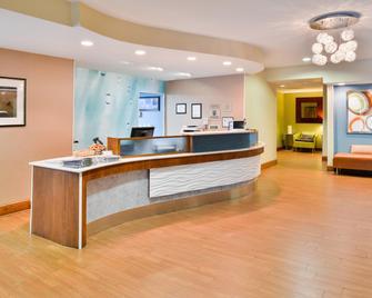 SpringHill Suites by Marriott Pinehurst Southern Pines - Pinehurst - Рецепція