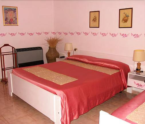 Hotel Velcamare - Tarquinia - Bedroom