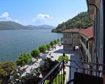 Hotel Cannobio - Cannobio - Outdoor view