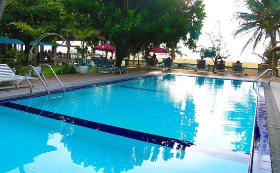 Topaz Beach Hotel A Partir De R 187
