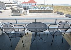 Waves Oceanfront Resort - Old Orchard Beach - Θέα στην ύπαιθρο