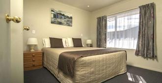 Aldan Lodge Motel - פיקטון - חדר שינה