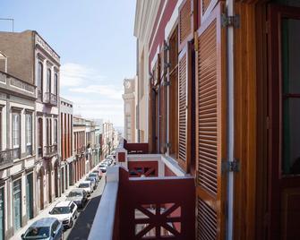 Stardust Hostel - Las Palmas de Gran Canaria - Balcony