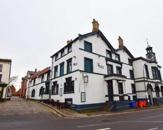 Old Market Coaching Inn - Altrincham - Gebäude