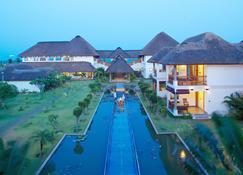 Le Pondy Beach & Lake Resort - Puducherry