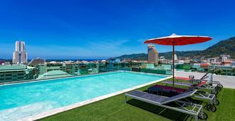 At Patong Hotel - Patong - Pool