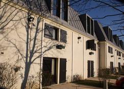 Kyriad Argenteuil - Argenteuil - Building