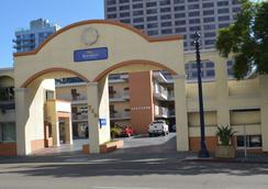 聖地亞哥市中心紅頂客棧 - 聖地亞哥 - 建築