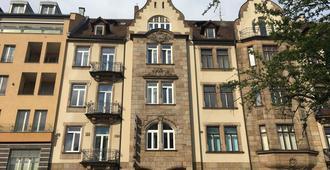 Hotel Central - במברג - בניין