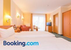 Aparthotel Villa Osada - Binz - Bedroom