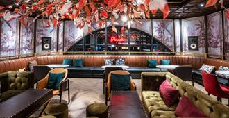 Mytt Beach Hotel - Πατάγια - Bar