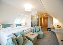 Boutiquehotel Myn Utspann - Husum - Bedroom