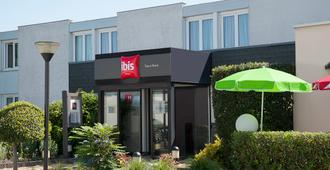 ibis Tours Nord - Tours - Building