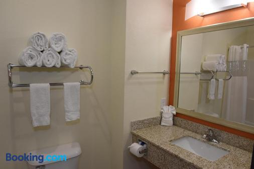 Home Away Suites - Enid - Baño