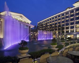 E-Da Royal Hotel - Kaohsiung - Building
