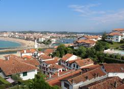 Hotel Agur Deneri - Ciboure - Outdoor view