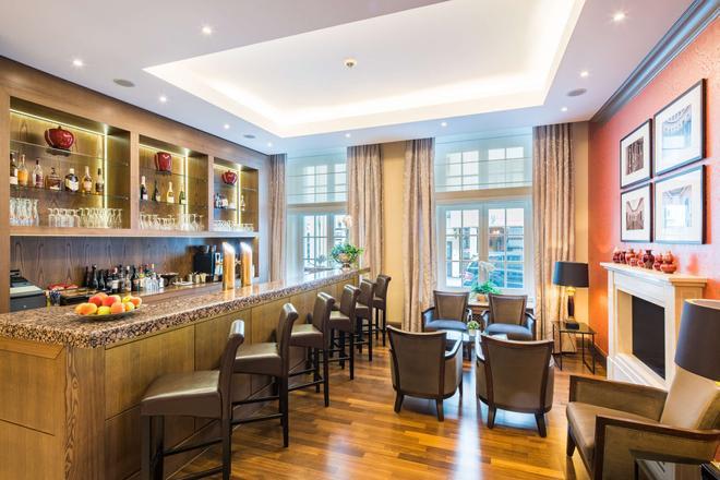 Best Western Plus Hotel Stadtpalais - Μπράουνσβαϊχ - Bar