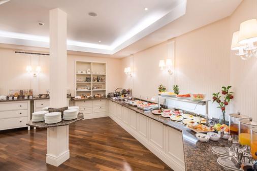 斯塔德特宮殿貝斯特韋斯特酒店 - 布倫瑞克 - 布倫瑞克 - 自助餐