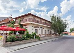 Penzion Retro - Znojmo - Κτίριο