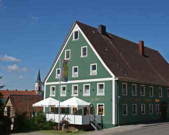 Gasthaus & Naturparkhotel Linde - Löffingen - Building