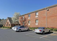 Extended Stay America - Montgomery - Carmichael Rd. - Montgomery - Edificio