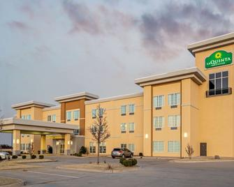 La Quinta Inn & Suites by Wyndham Weatherford OK - Weatherford - Edificio