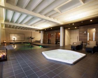 Hotel Vé - Mechelen - Pool