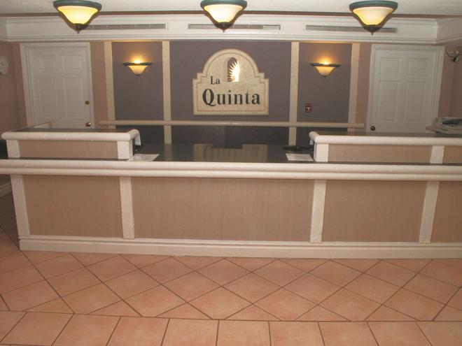 La Quinta Inn by Wyndham Kansas City Lenexa - Lenexa - Accueil