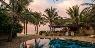 Sailing Club Resort Mui Ne - Phan Thiet - Πισίνα