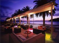 Riva Hvar Yacht Harbour Hotel - Hvar - Bar