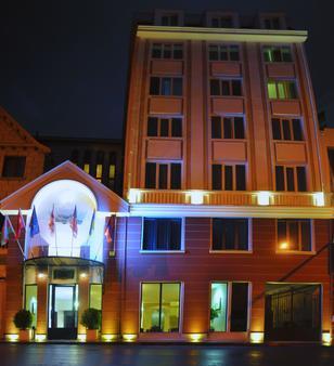 提布酒店 - 第比利斯 - 第比利斯 - 建築