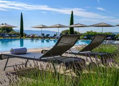 波利斯溫泉酒店 - 高第斯 - 戈爾德斯 - 游泳池