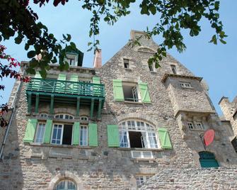 Les Terrasses Poulard - Le Mont-Saint-Michel - Building