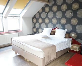 Hotel Les 5 Ourthes - Houffalize - Bedroom