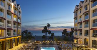Loews Santa Monica Beach Hotel - Santa Monica - Building