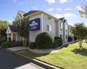 Microtel Inn & Suites by Wyndham Duncan/Spartanburg - Duncan - Building