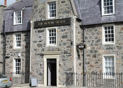 The Boyne Hotel - Banff - Building