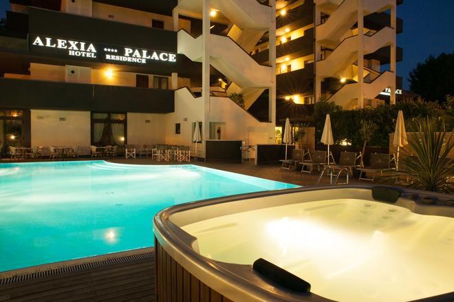 Alexia Palace Hotel Residence - Cesenatico - Pool
