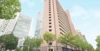 هيرتون هوتل نيشيوميدا - أوساكا - مبنى