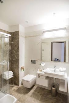 Best Western Premier Milano Palace Hotel - Modena - Bathroom