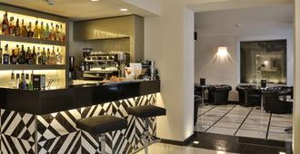 Best Western Premier Milano Palace Hotel - מודנה - בר