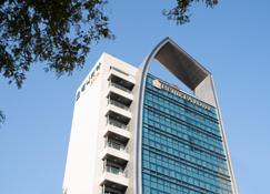 Benikea Hotel Yeosu - Yeosu - Gebäude