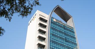 Benikea Hotel Yeosu - Yeosu