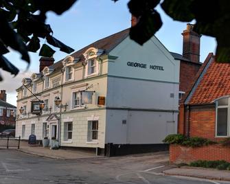 Best Western George Hotel - Swaffham - Building